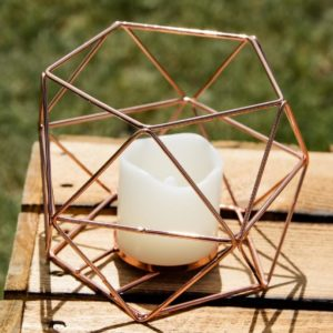Windlicht in geometrischer Form